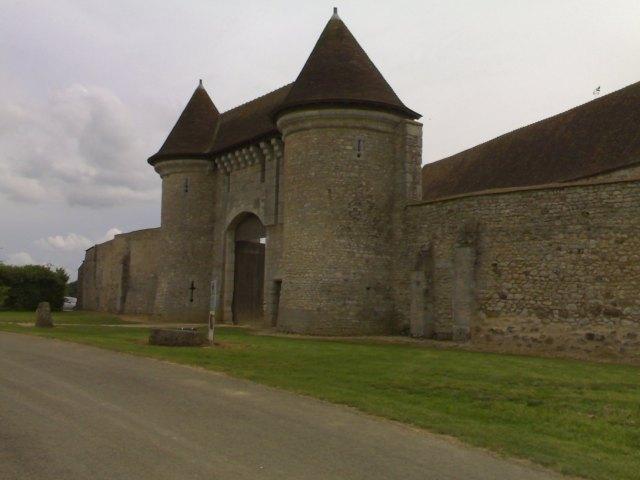 250520082164 Abbaye de Notonville  (4)